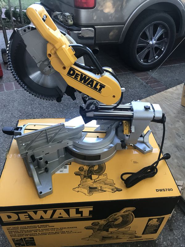 Dewalt-DWS780-www.ptnaradie.sk profitools s.r.o.